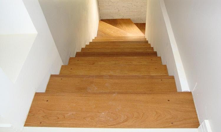 [Escadas de Madeira]